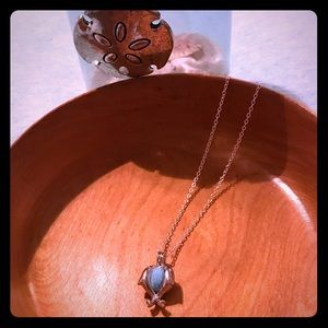 Jewelry - Dolphin aroma diffuser necklace
